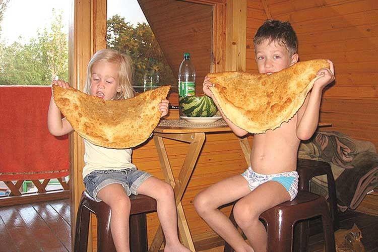 Смешные снимки из жизни детей: небольшая фотоподборка