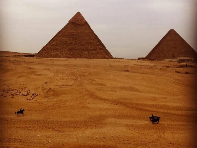 Instagram piramidy v Gize